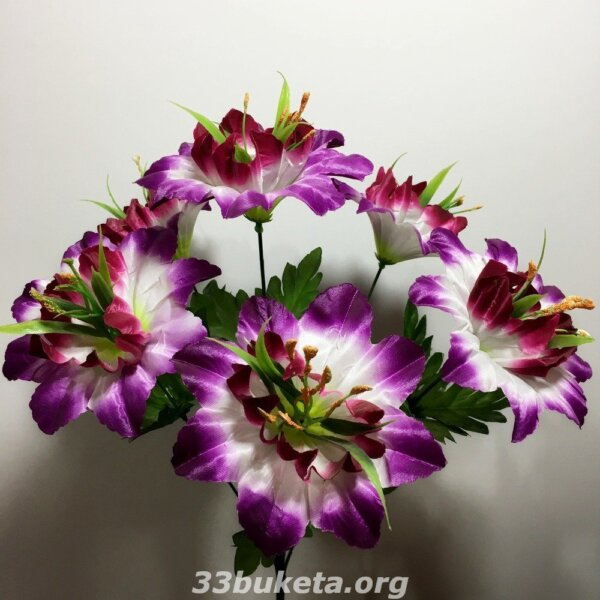 Колокольчик на 6 цветков средний букет